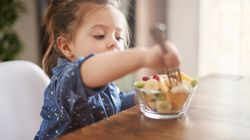 Public Health England Advises Limiting Kids' Snacks To 100 Calories: So What Does That Look