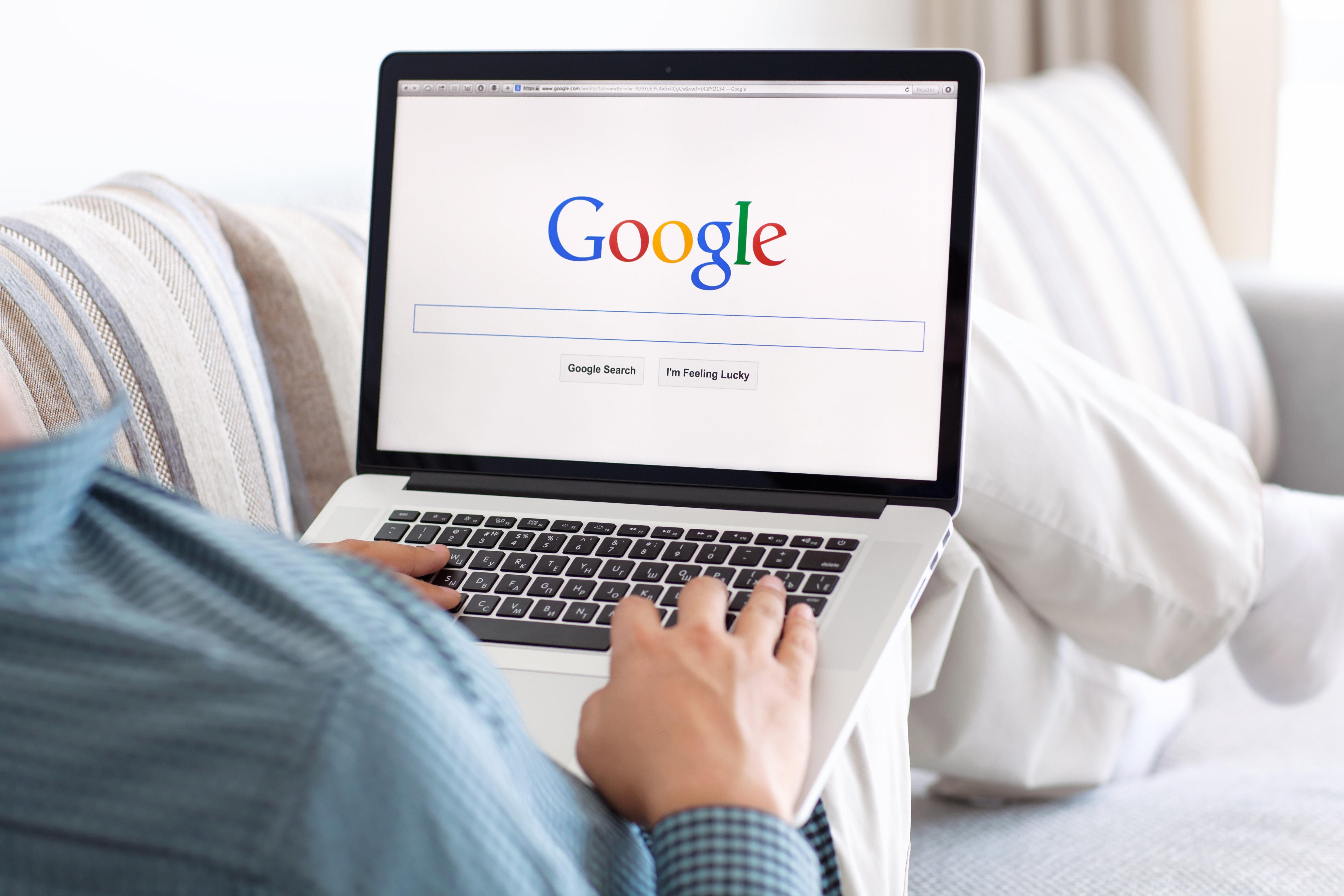 Wie du dich und deine Suchanfragen bei Google löschen