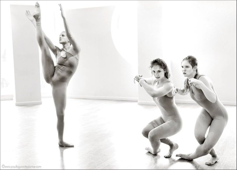 Nadine Bommer Dance Company in <em>Sepia; The Aquarium Version.</em>