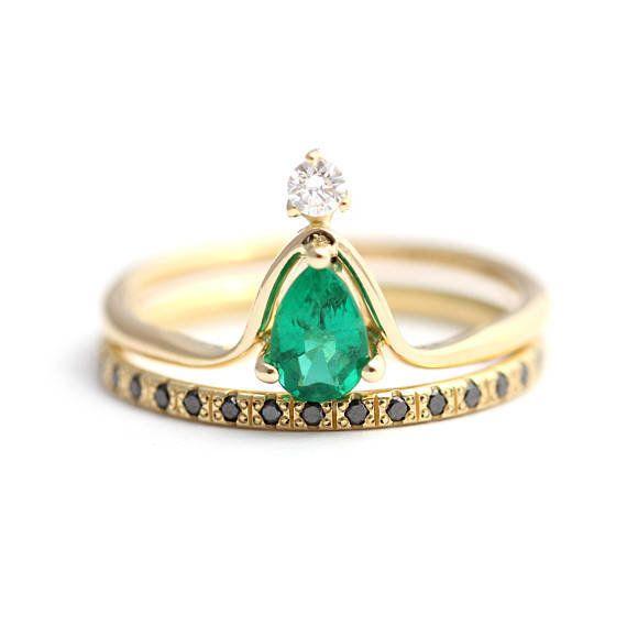 """<a href=""""https://www.etsy.com/listing/537684857/pear-emerald-wedding-set-alternative?utm_medium=editorial_internal&utm_so"""