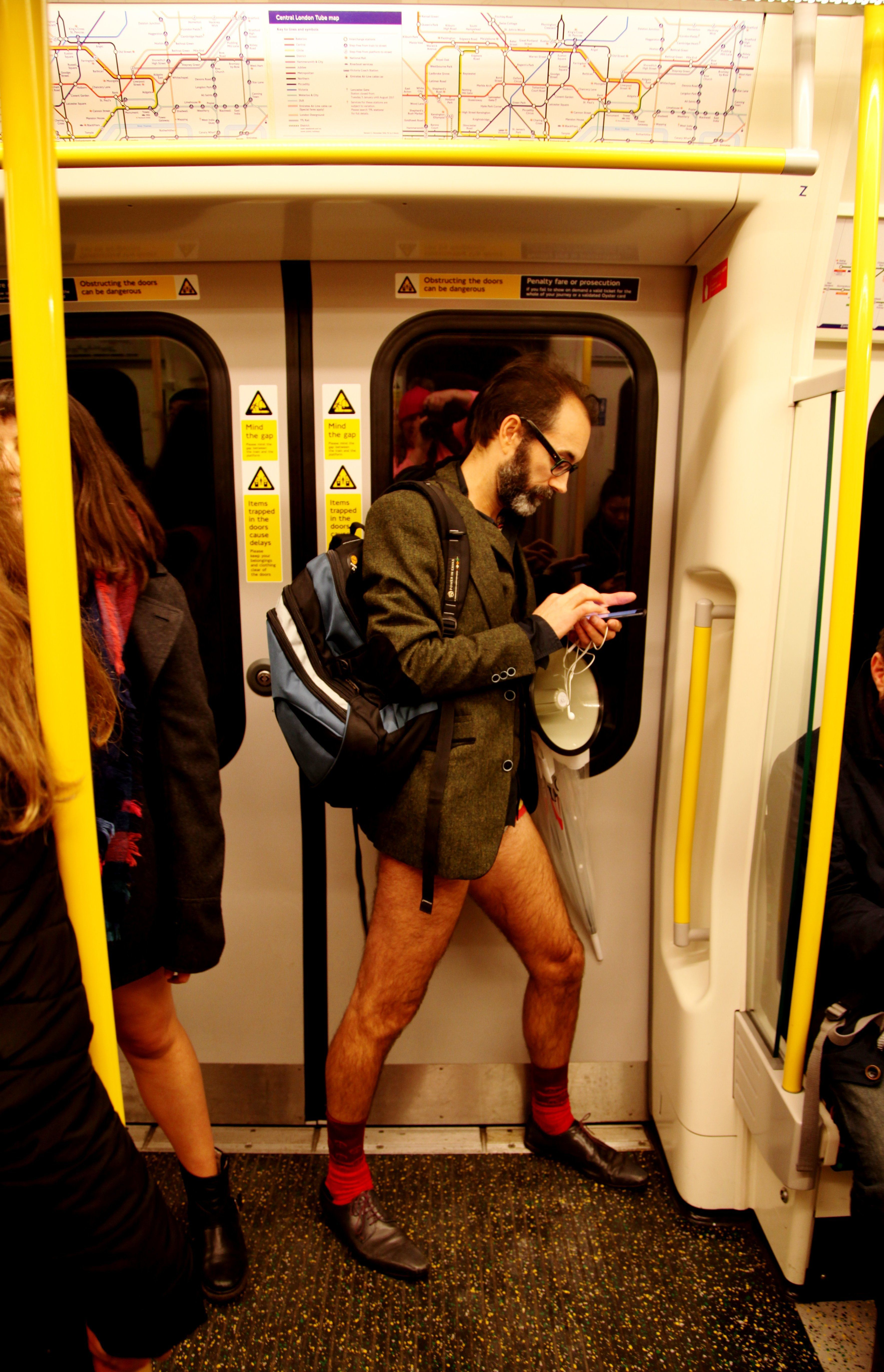 PSA: Steel Yourself Because 2018's No Trousers Tube Ride Is Almost Upon