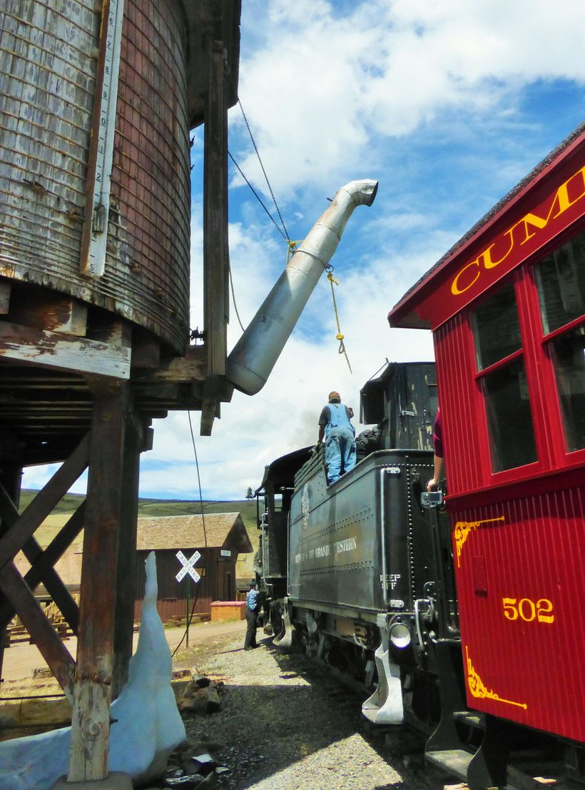 Taking on water at Osier Station
