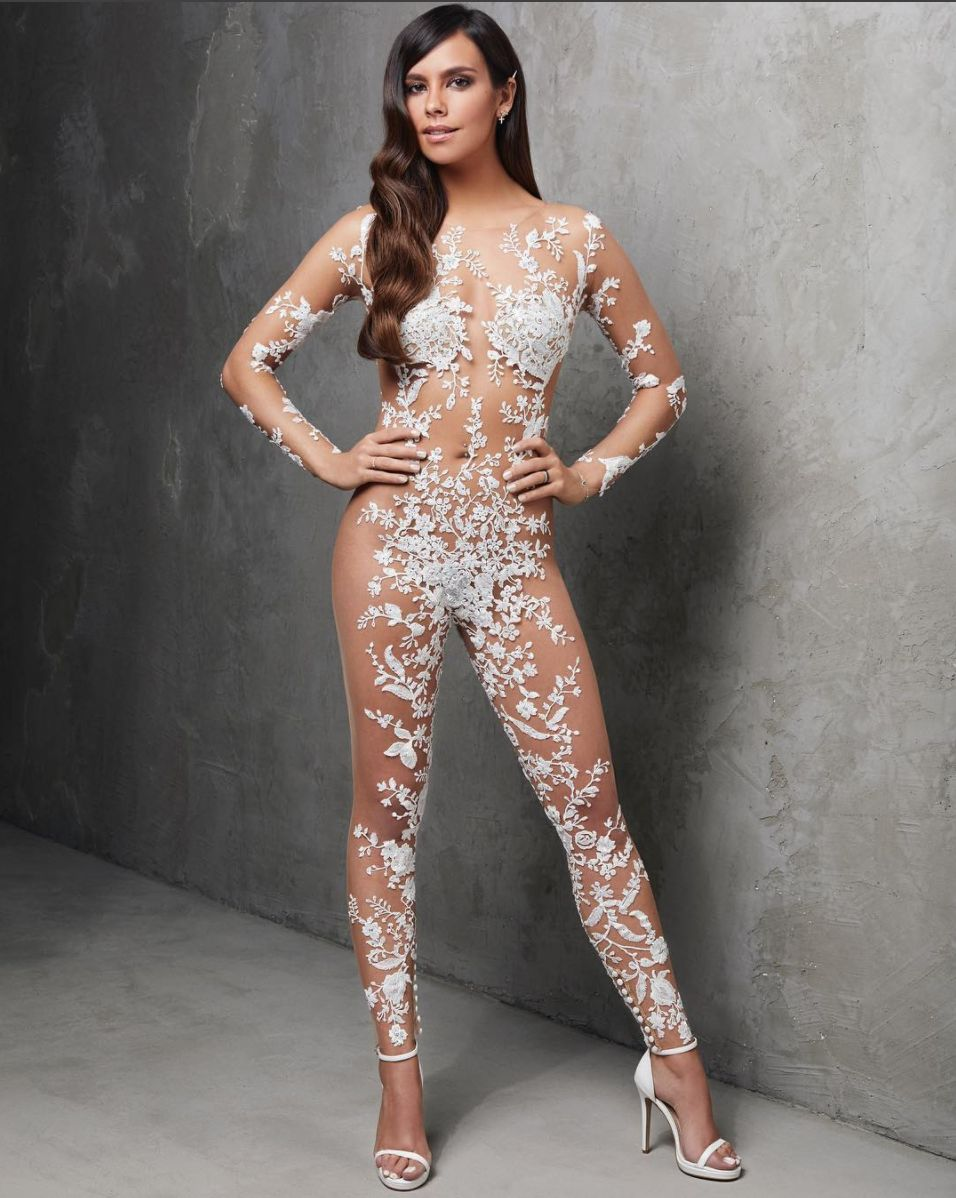 This Bridal Jumpsuit Combines Two Of 2018's Hottest Wedding