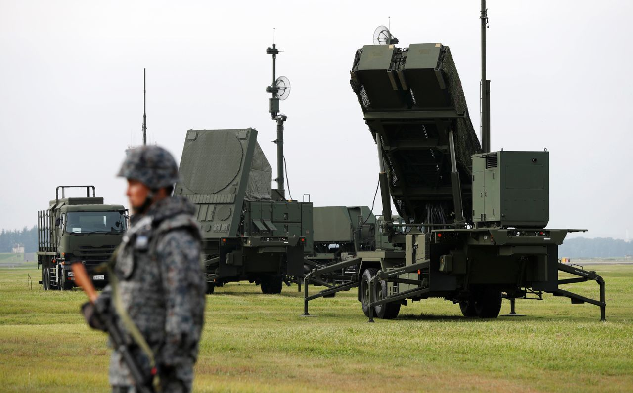 Japanese troops take part in a missile defense drill outside Tokyo on Aug. 29, 2017.