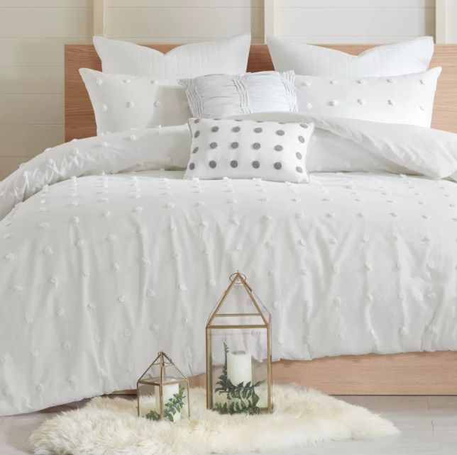 """Get it here from <a href=""""https://www.wayfair.com/bed-bath/pdp/ophelia-co-jessee-cotton-comforter-set-opco6582.html?piid=2597"""