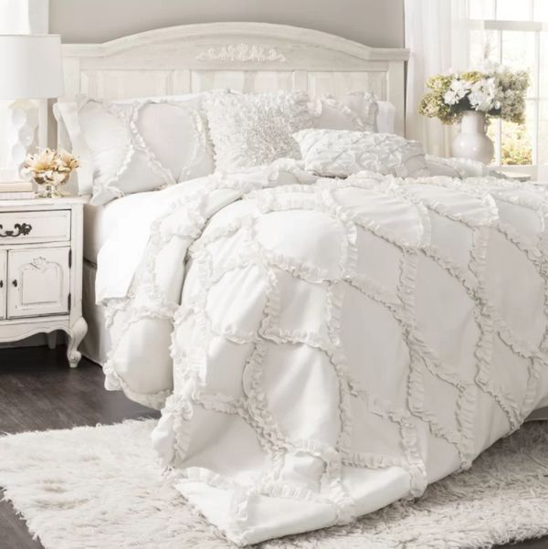 """Get it here from <a href=""""https://www.wayfair.com/bed-bath/pdp/one-allium-way-council-comforter-set-oawy3281.html?piid=165570"""