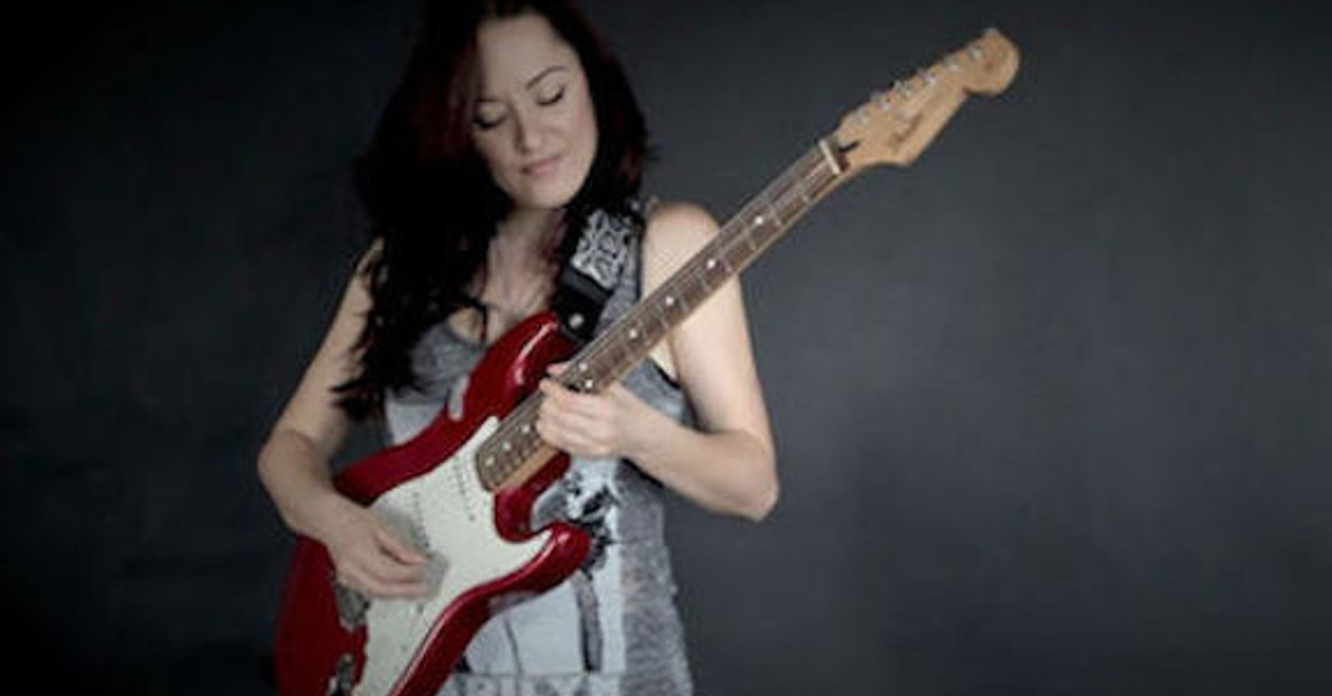 Diana Rein, who's Touring her One-Woman Blues/Rock Show ...