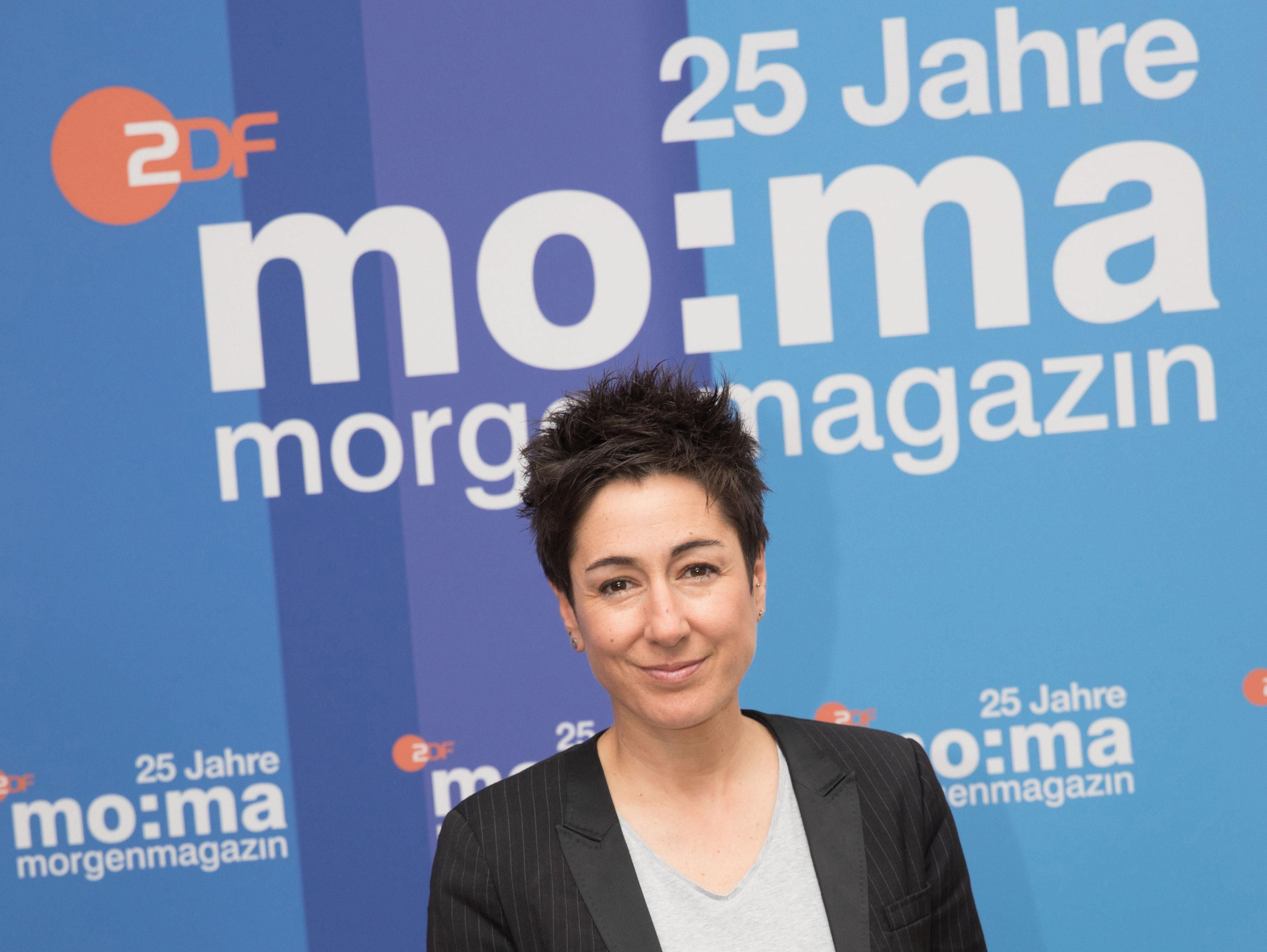 """""""Kein Recht auf Hassrede!"""": ZDF-Moderatorin Hayali erklärt, warum das Netz-DG leider nötig ist"""