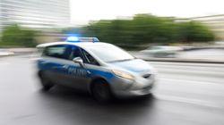 Frau verursacht Unfall in NRW - als ihre Verwandten eintreffen, wird es wild