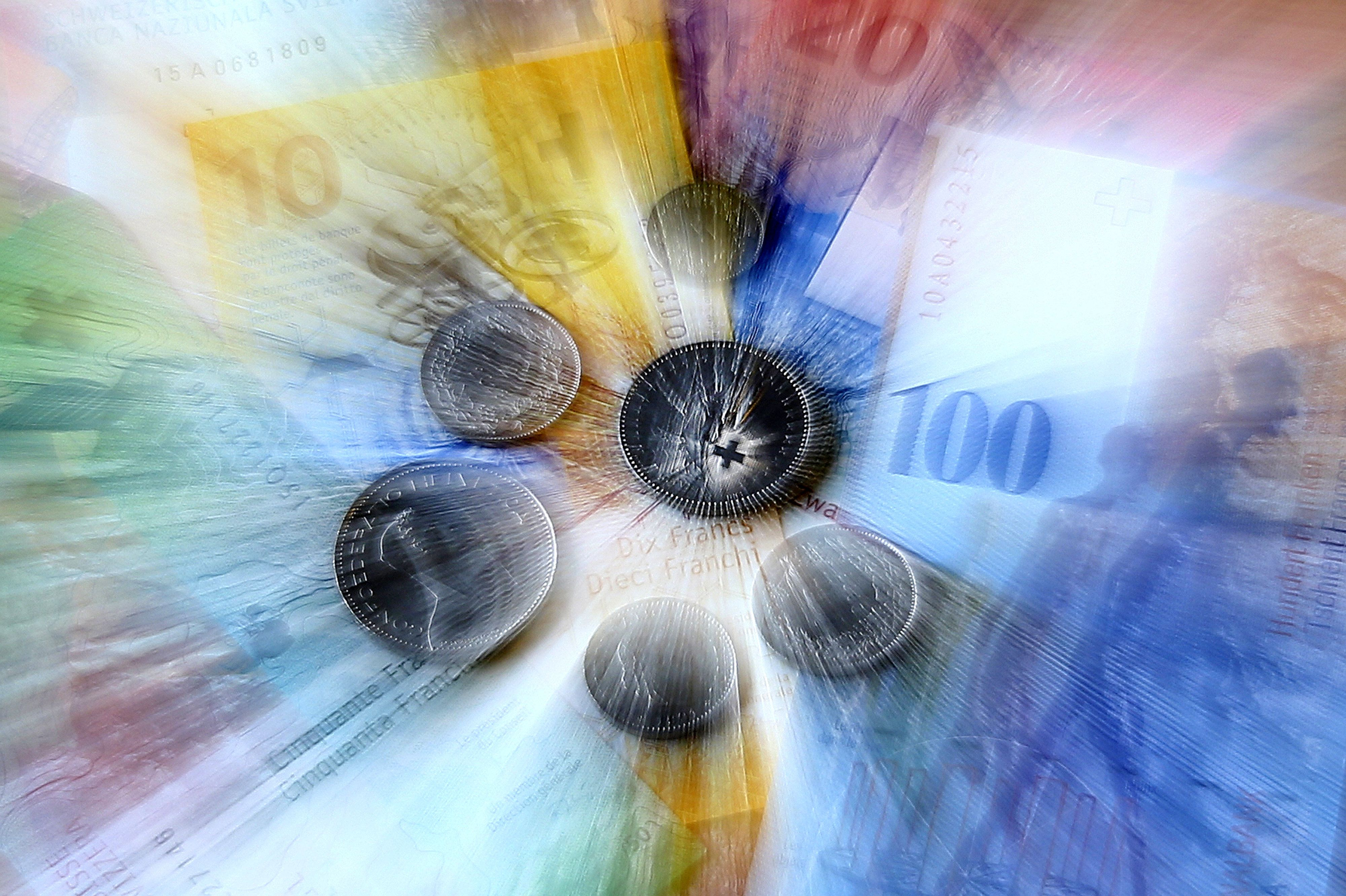 Δικαιώνονται δανειολήπτες που αποπλήρωναν σε ελβετικό