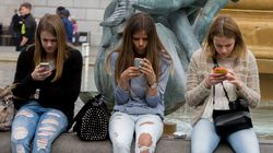 Investors Urge Apple To Tackle 'Growing' Evidence Of Device Addiction In