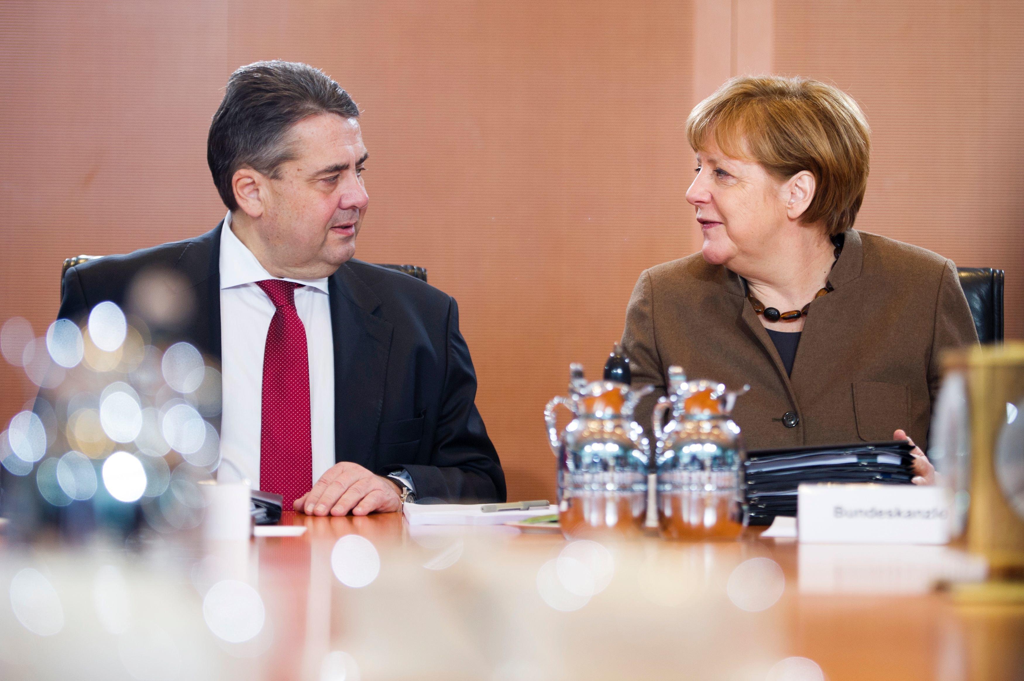 Zeitung: Gabriel-Ressort koordiniert SPD-Strategie gegen Kanzleramt