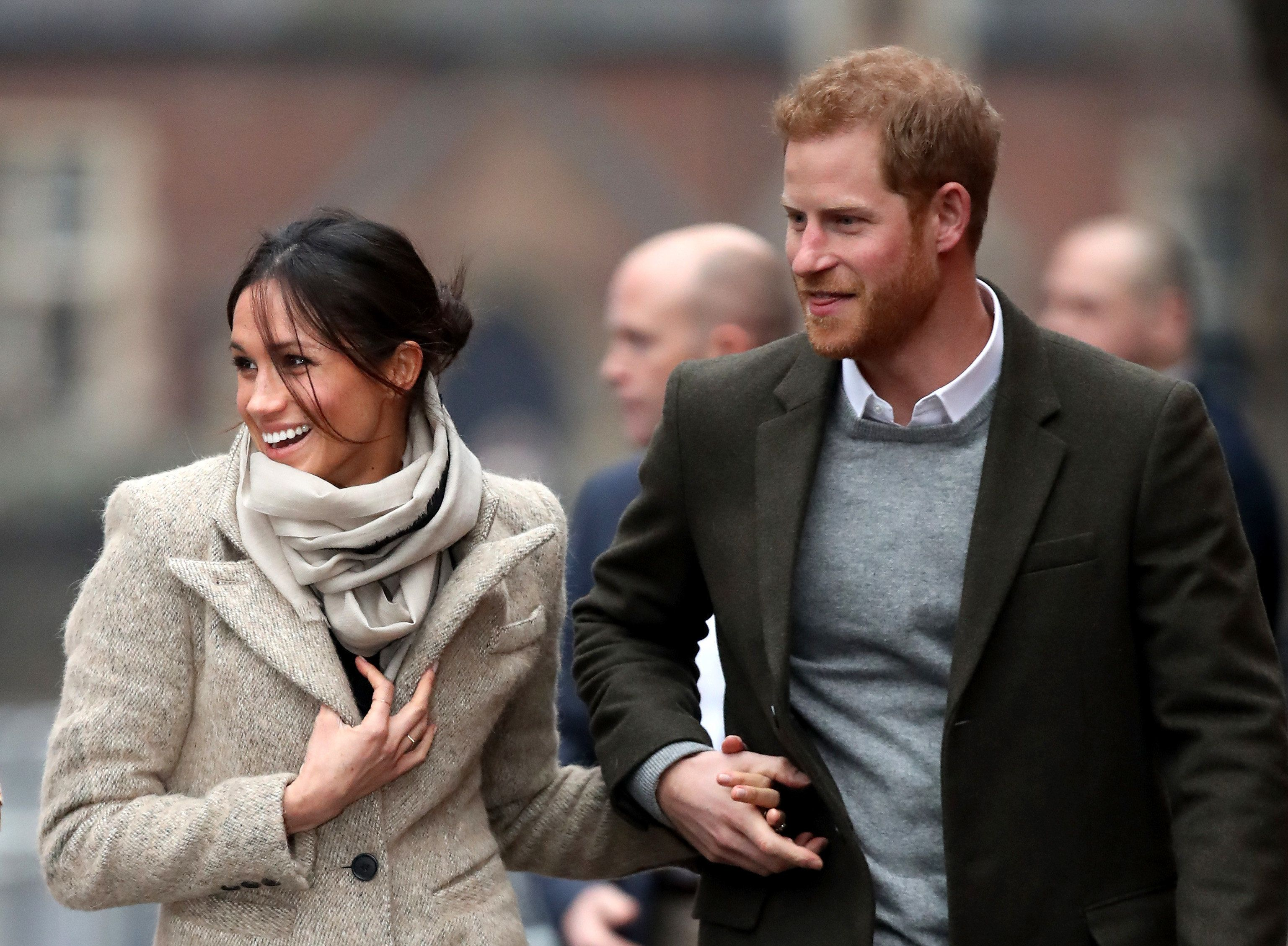 LONDON, ENGLAND - JANUARY 09:  Prince Harry (R) and his fiancee Meghan Markle visit Reprezent 107.3FM on January 9, 2018 in London, England. The Reprezent training programme was established in Peckham in 2008, in response to the alarming rise in knife crime, to help young people develop and socialise through radio.  (Photo by Chris Jackson/Getty Images)