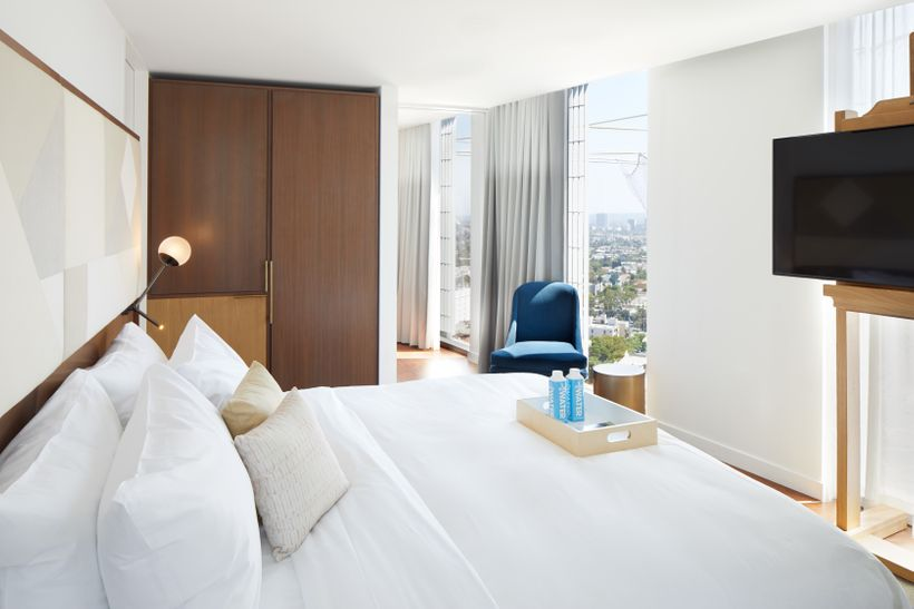 The Jeremy Hotel - Bedroom Suite with Panoramic Views of Los Angeles