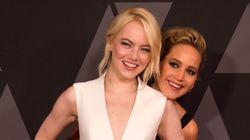 H Jennifer Lawrence ετοιμαζόταν για έξοδο μετά τις Χρυσές Σφαίρες - μέχρι που εμφανίστηκε η Emma