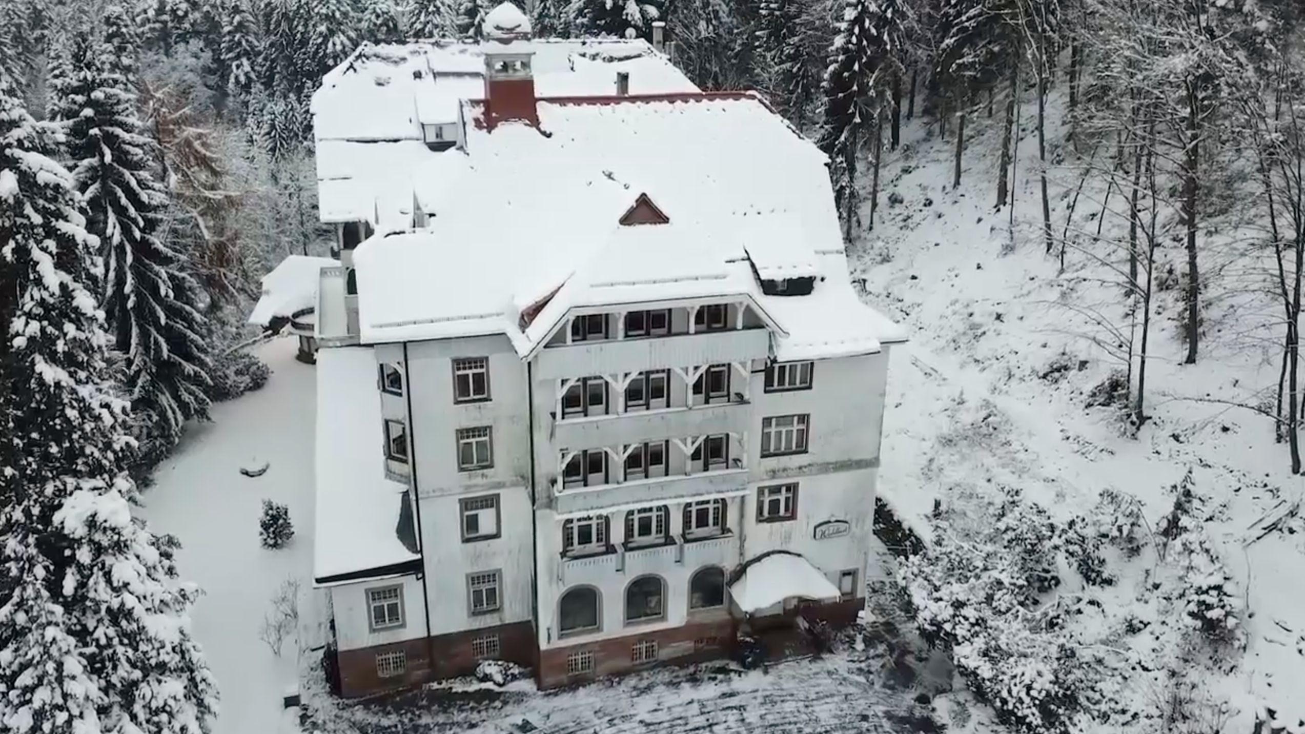 Früher wohnten in dem Hotel Könige – jetzt verbirgt sich hinter der Fassade Gruseliges