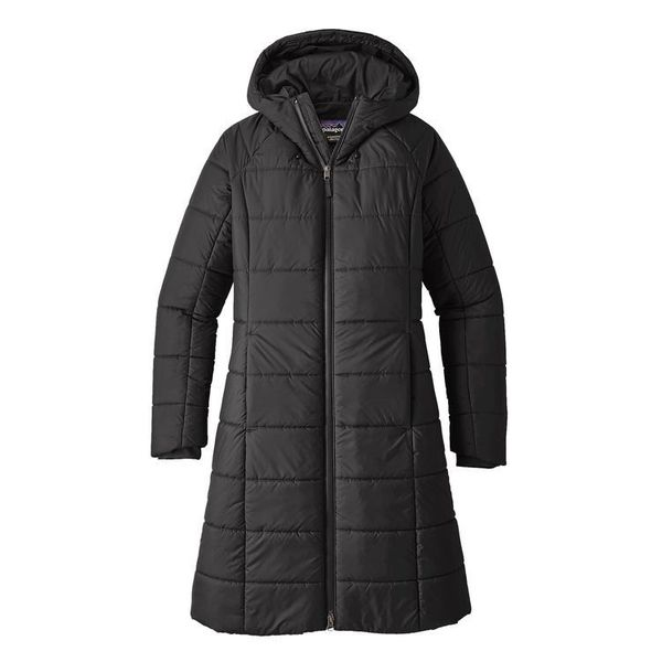 "This simple yet chic <a href=""http://www.patagonia.ca/product/womens-transitional-parka/28065.html"" target=""_blank"">parka</a>"