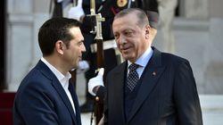 Spiegel: «Ο Ερντογάν βάζει τις φωνές και ο Τσίπρας πάει