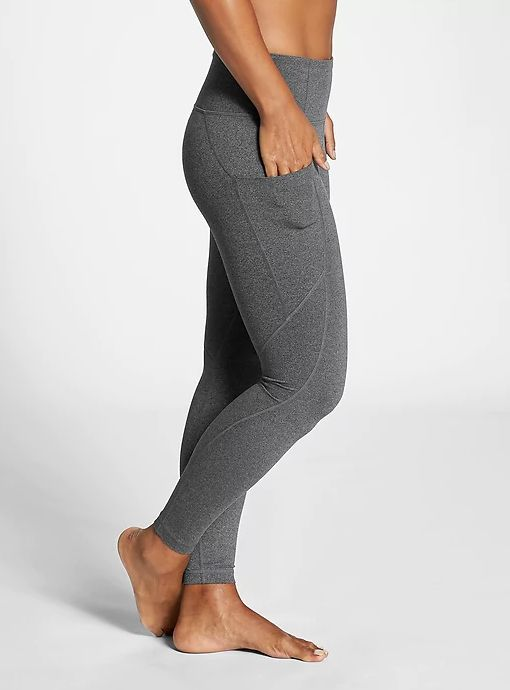 72cb31ad435a2 13 Yoga Pants With Pockets That'll Make Your Workout SO Much Better ...