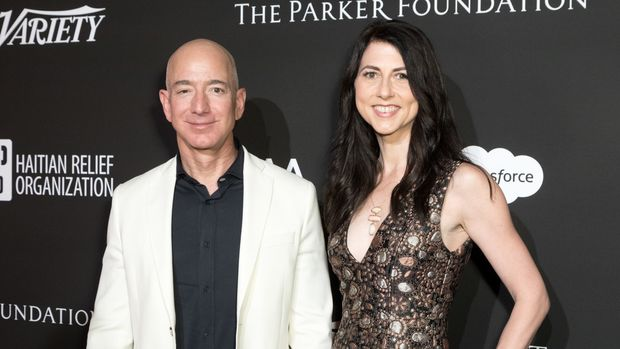 Jeff Bezos Announces $33 Million Scholarship Fund For 'Dreamers'