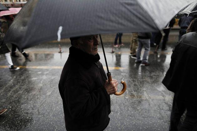 Η έλευση του «Θησέα»: Έρχονται βροχές, καταιγίδες και