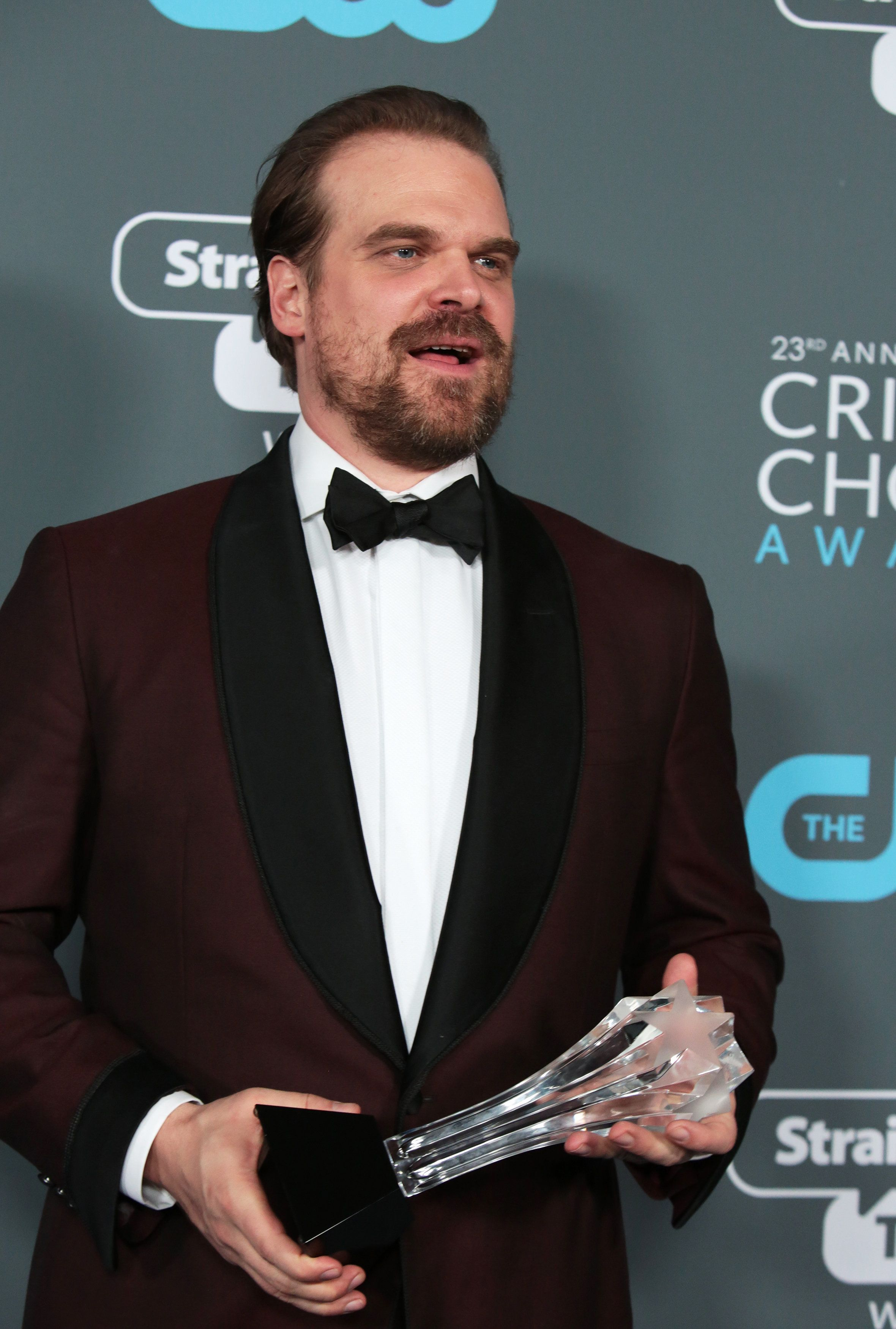 "23rd Critics' Choice Awards – Photo Room – Santa Monica, California, U.S., 11/01/2018 – David Harbour poses with his Best Supporting Actor in a Drama Series for ""Stranger Things"". REUTERS/Monica Almeida"
