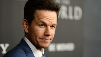 BEVERLY HILLS, CA - DECEMBER 18:  Actor Mark Wahlberg arrives at the premiere of Sony Pictures Entertainment's 'All The Money In The World' at the Samuel Goldwyn Theater on December 18, 2017 in Beverly Hills, California.  (Photo by Amanda Edwards/WireImage)