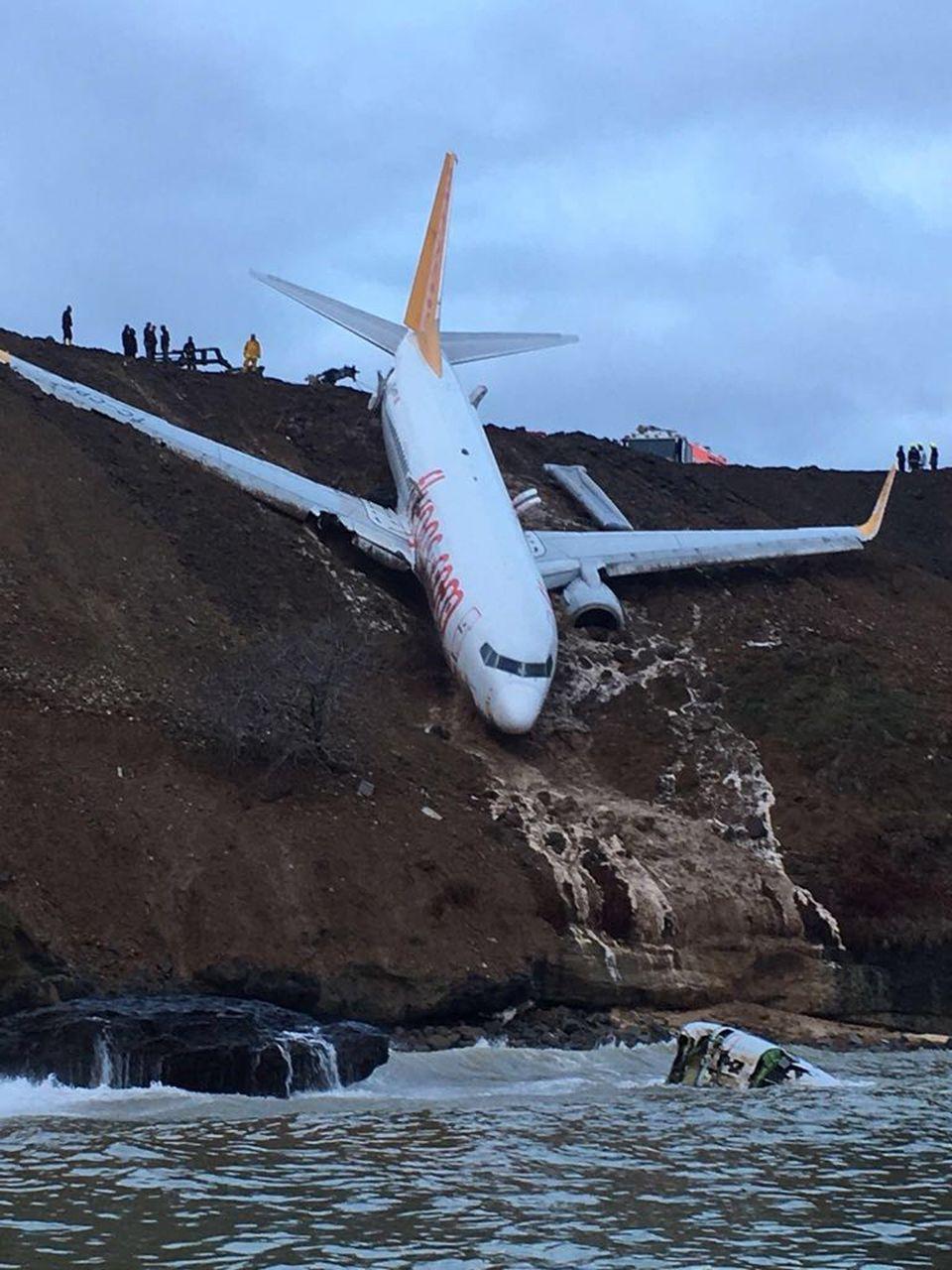 Trabzon Airport: Plane Skids Off Runway In Northern Turkey