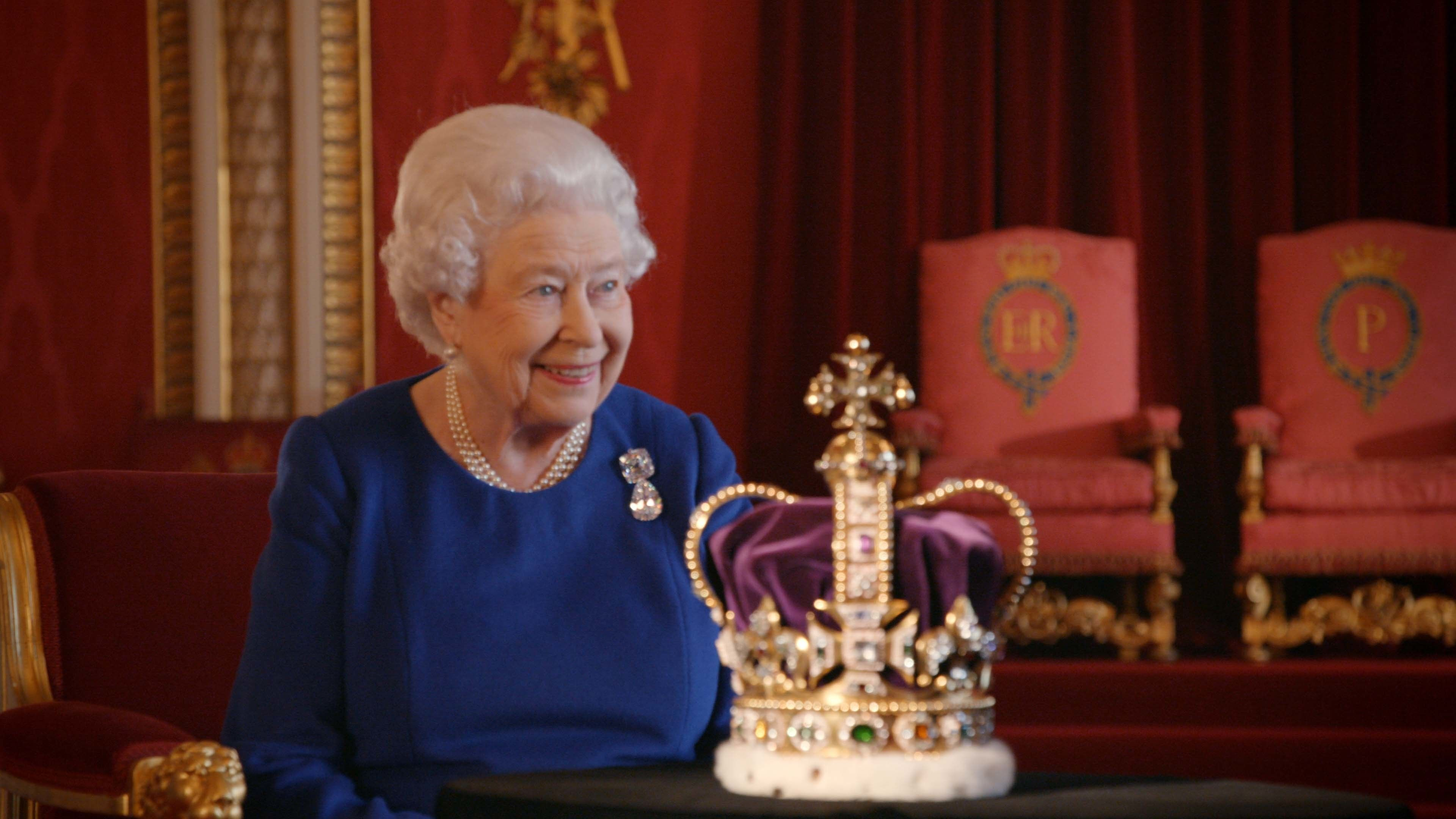 Queen recalls coronation in candid interview