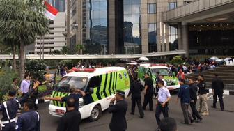 Ambulances are seen following reports of a collapsed structure inside the Indonesian Stock Exchange building in Jakarta, Indonesia, January 15, 2018. REUTERS/Darren Whiteside