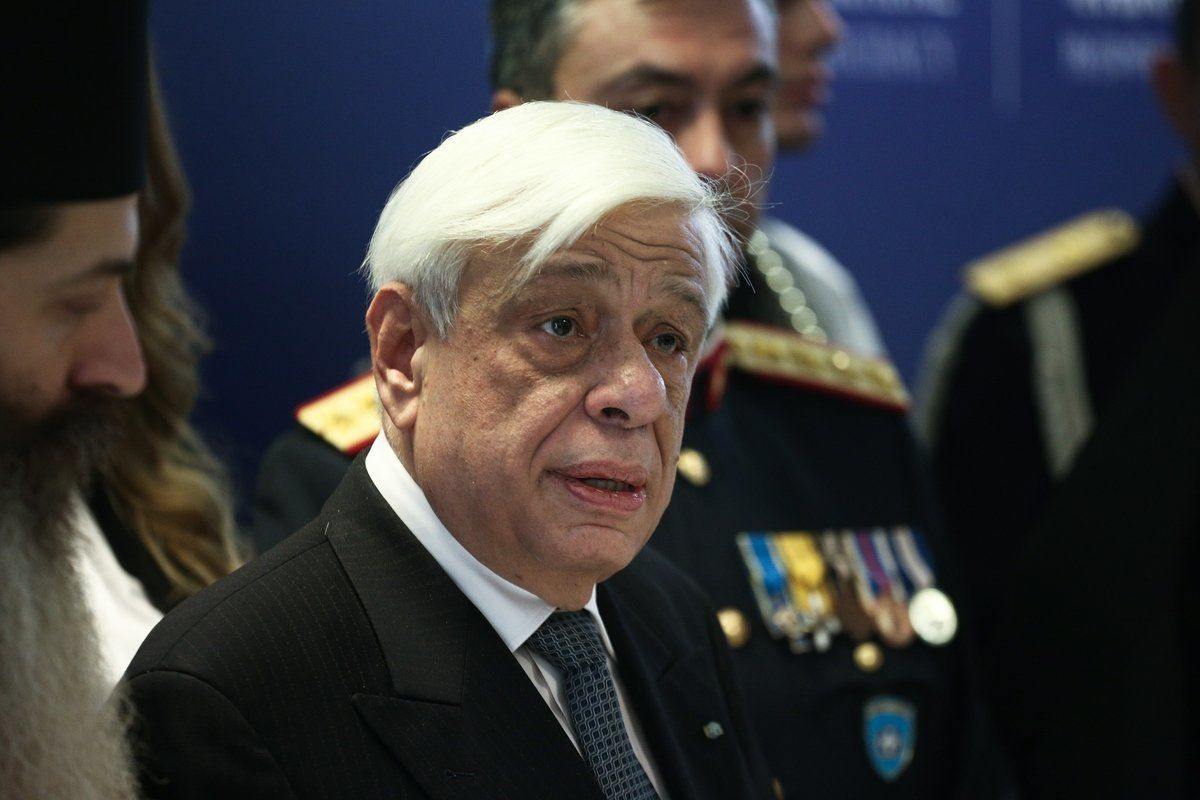 Παυλόπουλος: Το όνομα πρέπει να σέβεται την Ιστορία, το διεθνές δίκαιο, το ευρωπαϊκό κεκτημένο, τα σύνορα και να μην αποπνέει...