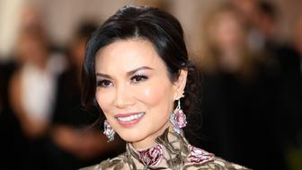 """Wendi Deng Murdoch arrives at the Metropolitan Museum of Art Costume Institute Gala (Met Gala) to celebrate the opening of """"Manus x Machina: Fashion in an Age of Technology"""" in the Manhattan borough of New York, May 2, 2016. REUTERS/Eduardo Munoz"""