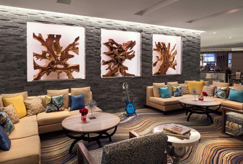 Marriott Hotels Irvine lobby