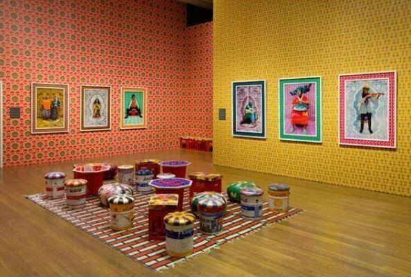 Hassan Hajjaj: Ο «Andy Warhol του Marrakech» στις γκαλερί των μητροπόλεων της
