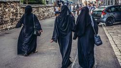 Burka-Anprobe in der Volkshochschule: Dresden fördert Kurs über Kleiderordnungen im