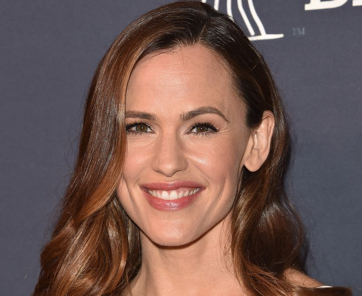 Jennifer Garner at the 2071 Baby2Baby Gala in Culver City, California.