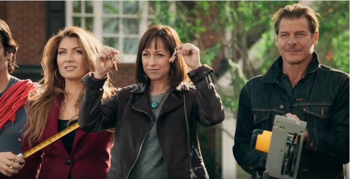 The New 39 Trading Spaces 39 Trailer Will Make You Wish It 39 S
