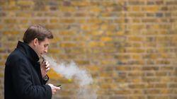 Κατά του ειδικού φόρου κατανάλωσης στα ηλεκτρονικά τσιγάρα η