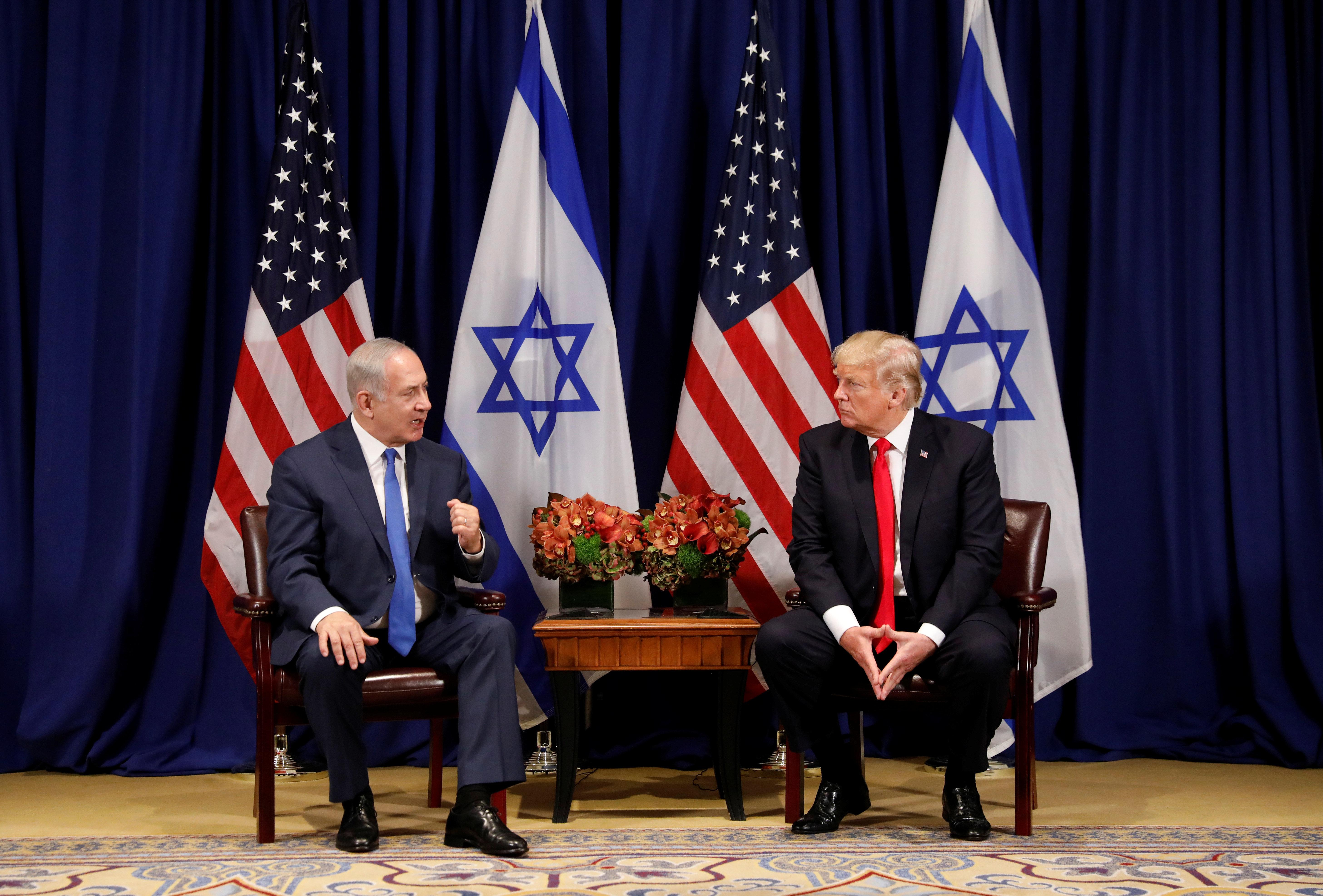 Ο Τραμπ διαψεύδει Νετανιάχου ότι η αμερικανική πρεσβεία θα μεταφερθεί σε έναν χρόνο στην