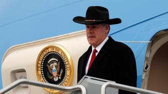 Interior Secretary Ryan Zinke steps from Air Force One as U.S. President Donald Trump arrives in Salt Lake City, Utah, U.S., December 4, 2017. REUTERS/Kevin Lamarque