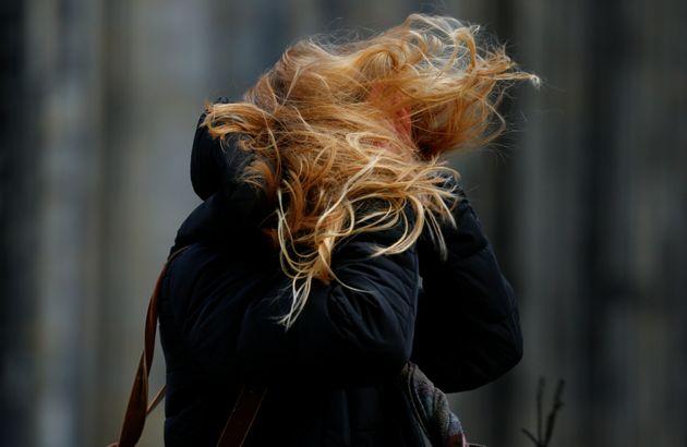 Πάνω από δέκα οι νεκροί από την καταιγίδα «Φρειδερίκη» που πλήττει τη βόρεια