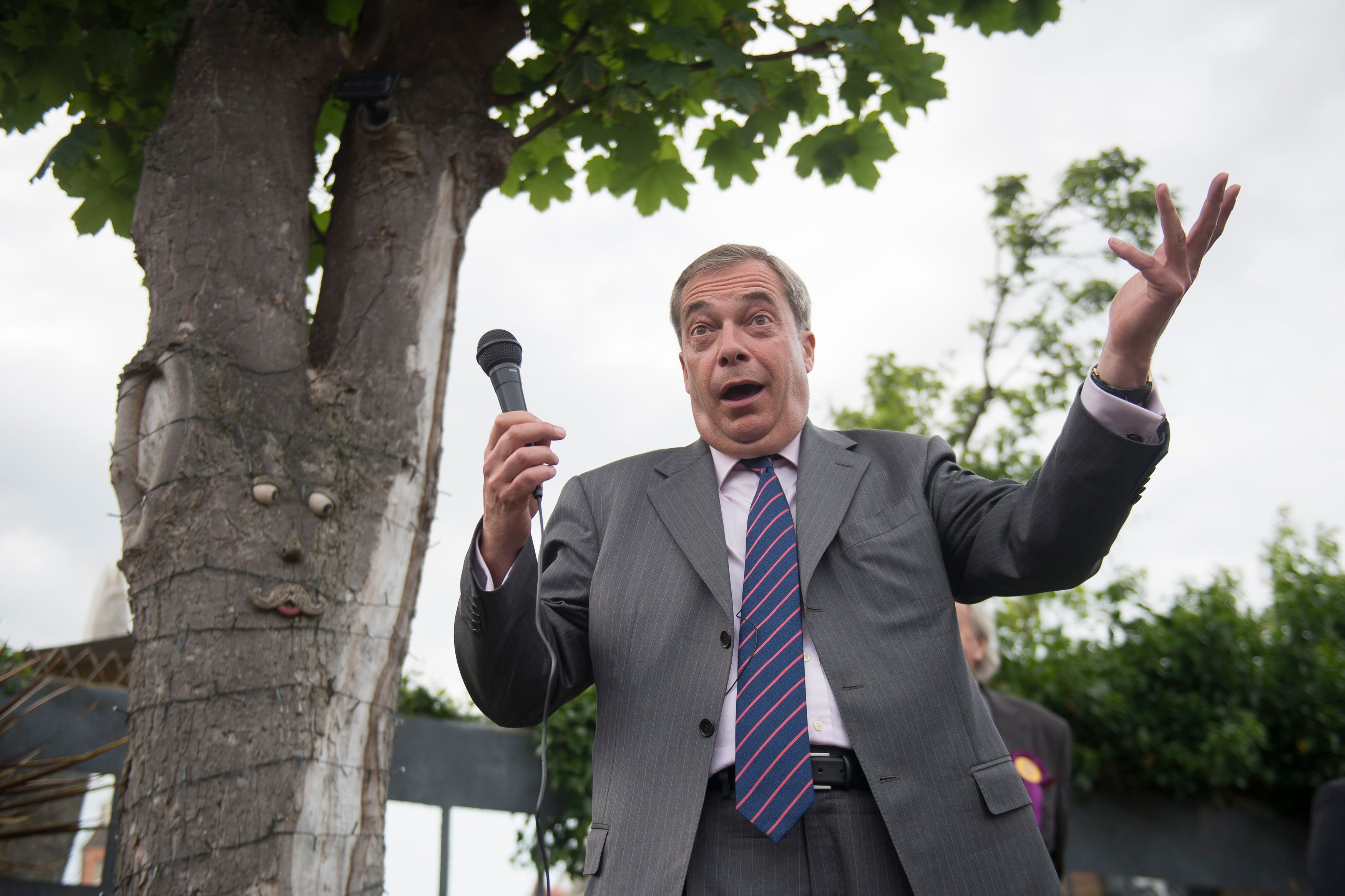 It's not the first time Farage has been linked to the Russia