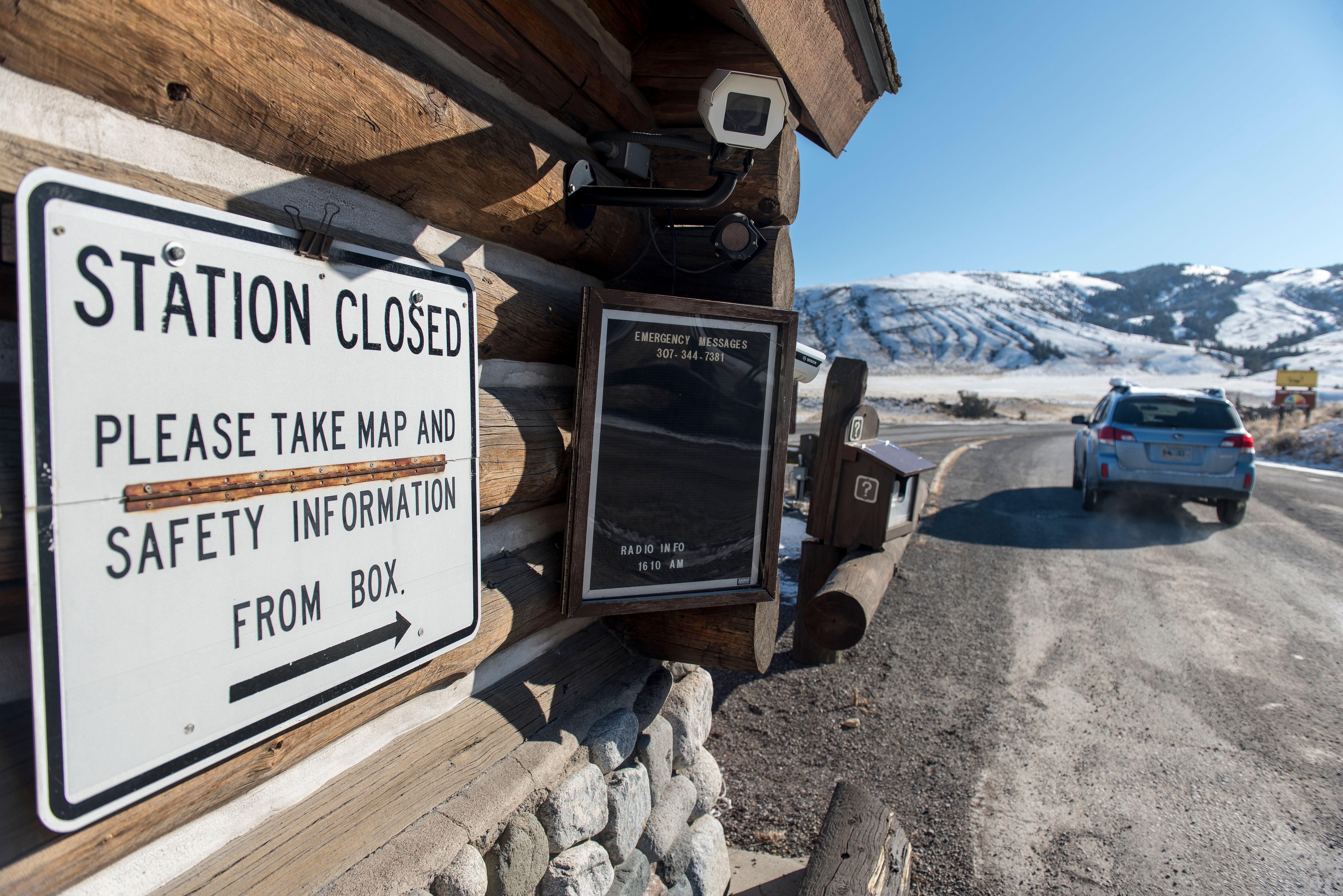 YELLOWSTONE NATIONAL PARK, MT - JANUARY 21:The entrance station to the north entrance  to Yellowstone National Park at Gardiner, MT is closed but visitors are allowed to enter the park with the understanding that there are no government services due to the government shutdown. (Photo by William Campbell/Corbis via Getty Images)