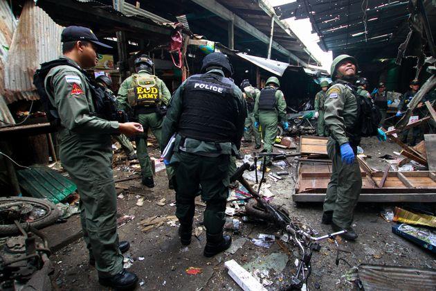 Τρεις νεκροί από βόμβα σε αγορά στη νότια