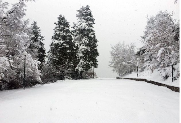 Κακοκαιρία, με βροχές και καταιγίδες τη Δευτέρα- χιόνια στη βόρεια