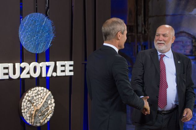 Bloomberg: Η αποχώρηση Βίζερ σηματοδοτεί το τέλος εποχής της «παλιάς φρουράς του