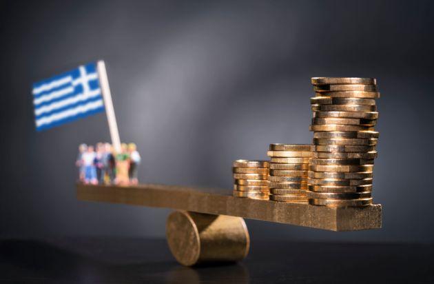 ΕΛΣΤΑΤ: Στα 313,524 δισ. ευρώ διαμορφώθηκε το δημόσιο
