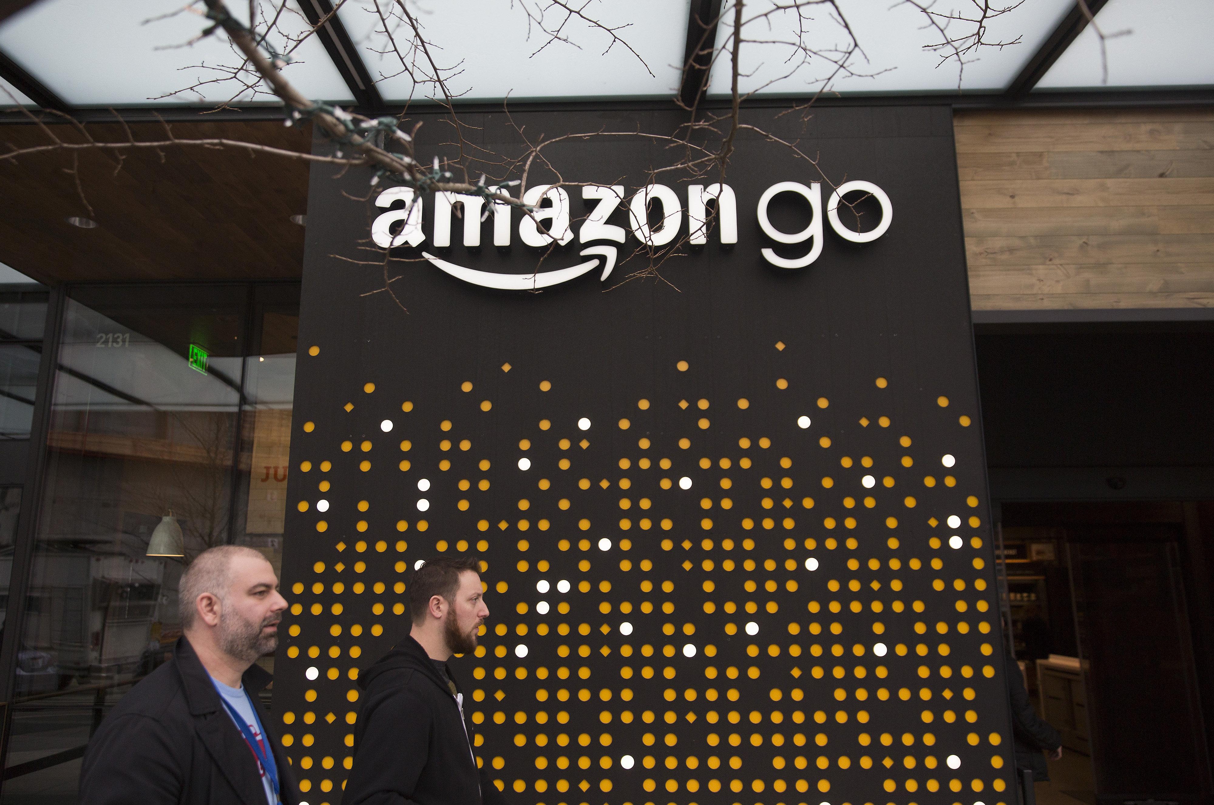 Top-News To Go: Erster Amazon-Supermarkt ohne Kassen öffnet in