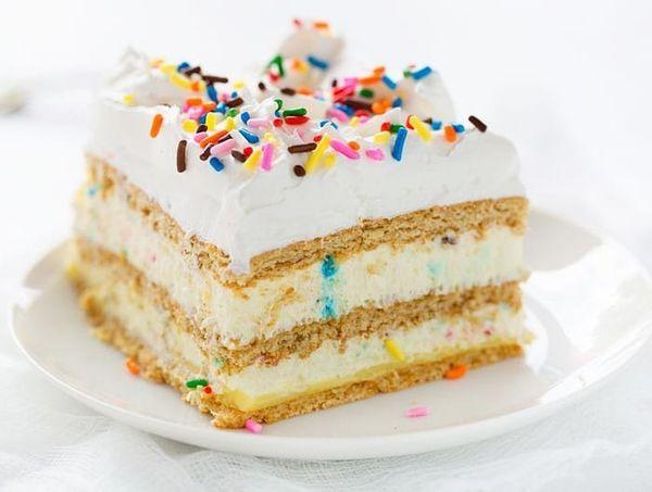 "<strong>Get the<a href=""https://iambaker.net/birthday-cake-lasagna/"" target=""_blank"">Birthday Cake Lasagna</a> recipe f"