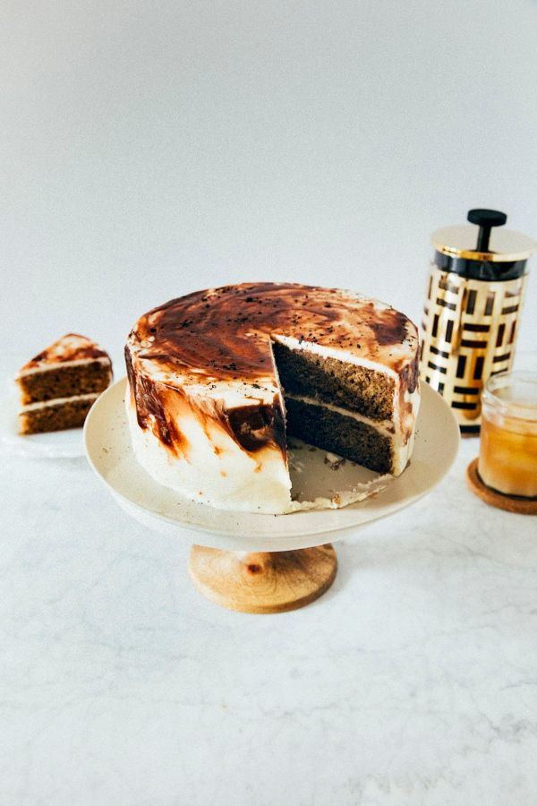 "<strong>Get the <a href=""http://www.hummingbirdhigh.com/2017/10/vietnamese-iced-coffee-cake.html"" target=""_blank"">Vietnamese"